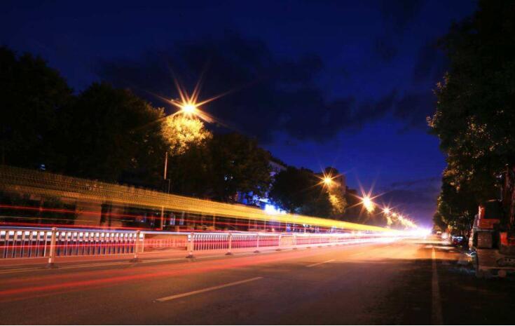 2019年西⼭区环湖路景观提升灯光亮化⼯程